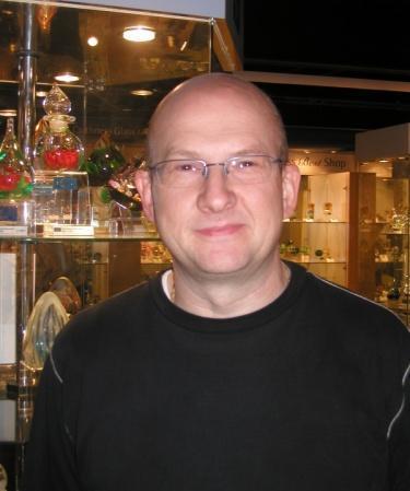 Allan Scott paperweight maker